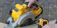 How to Use a Circular Saw: Step-by-Step Guide for Newbie